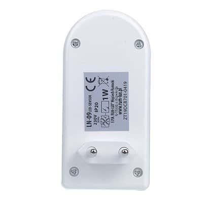 Lampka nocna LED z czujnikiem zmierzchu i ruchu LN-09